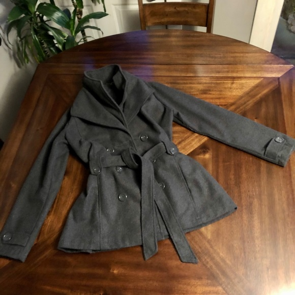 ‼️SOLD‼️🐻‍❄️Grey Double Breasted Pea Coat🐻‍❄️